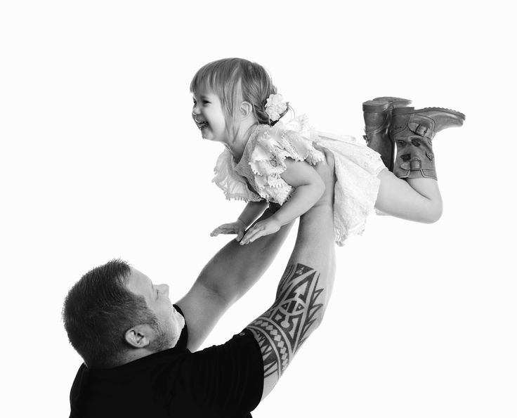 Dad and daughter, photo by Studio Amalia