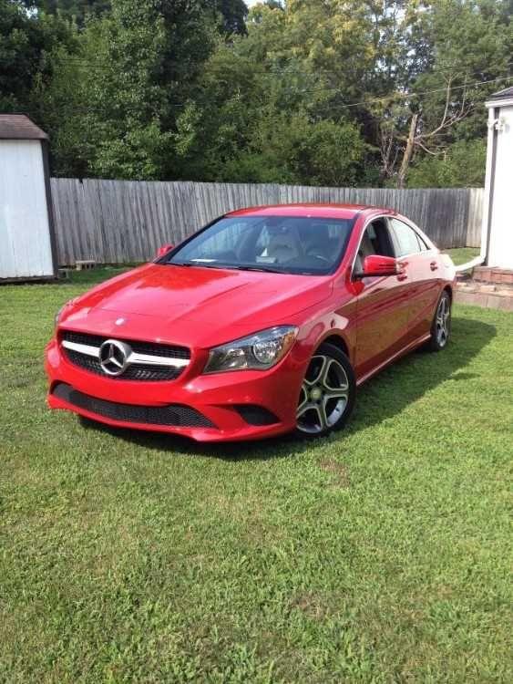 2014 CLA 250 Mercedes Benz loaded Like Brand NEW all wheel