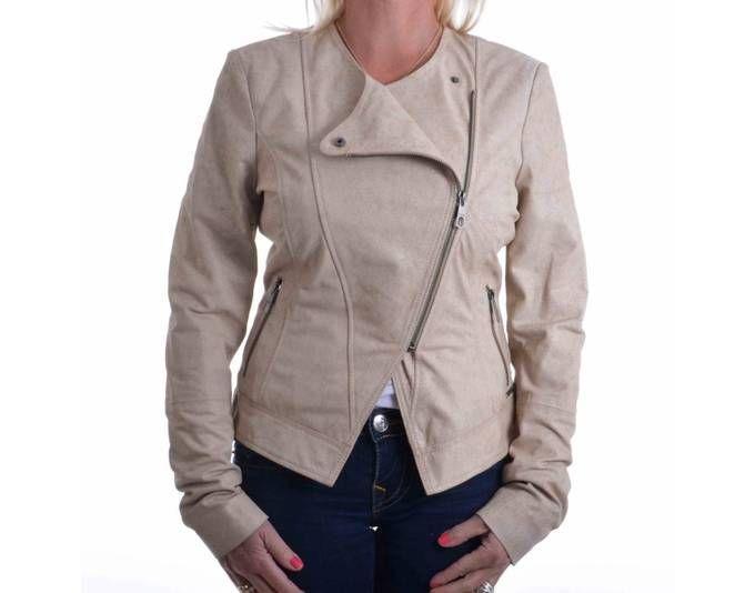 Guess Jacke Letitia Leather Jacket Beige Gr. L Jetzt bestellen unter: https://mode.ladendirekt.de/damen/bekleidung/jacken/sonstige-jacken/?uid=17c9e443-9974-5adf-90ae-55313f964999&utm_source=pinterest&utm_medium=pin&utm_campaign=boards #sonstigejacken #bekleidung #jacken