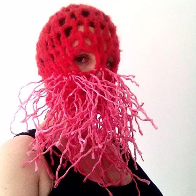 Feelin Ropey #mask #outsiderontheinsider #crochet #textileart #fiberart #wearableart #balaclava #rope #pink #red #madeinireland #threadstories @threadstories