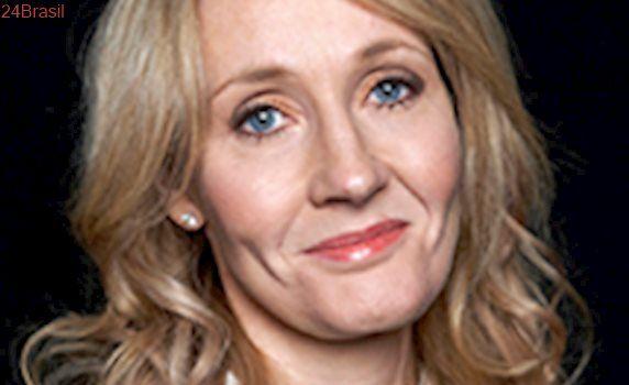 J.K. Rowling responde fãs que queimaram livros de 'Harry Potter'