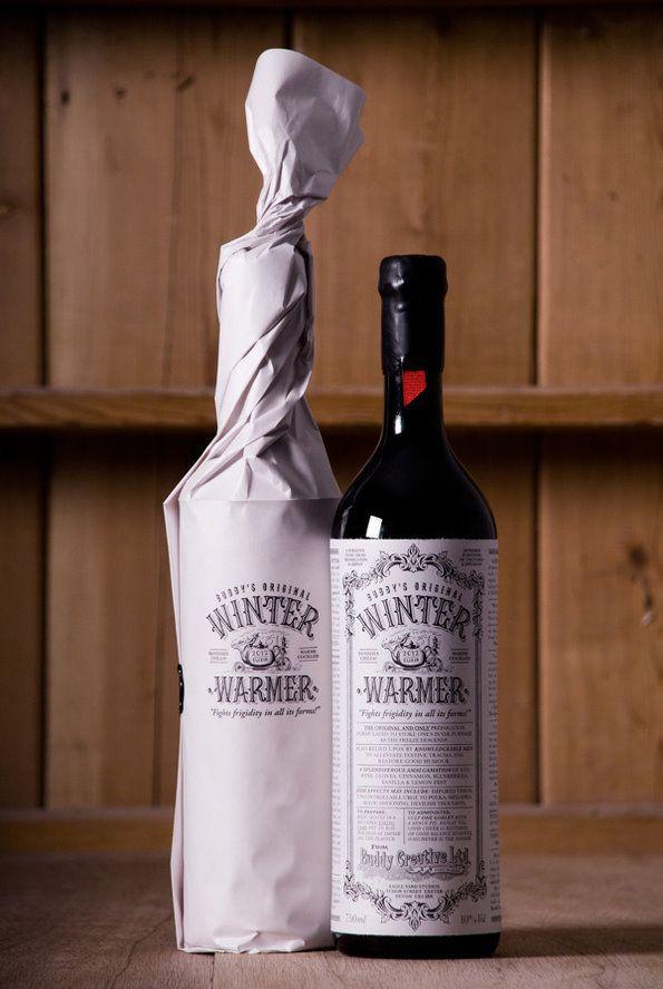 Winter-warmer-klassieke-zwart-wit-krant-stijl-wijn-verpakking-label-glas-fles-stickers-gratis-ontwerp.jpg (595×888)