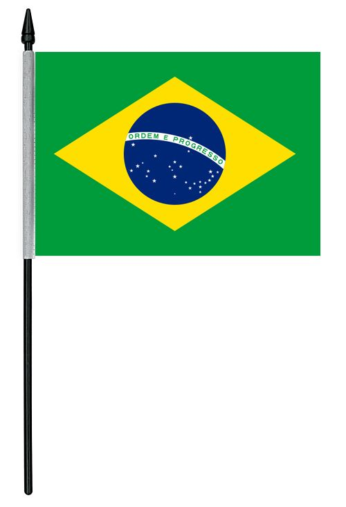 Brazil Cloth Table Flag. Ideas for Brazilian Rio 2016 party to celebrate the Summer Olympic games in Rio 2016, Brazil. With Brazilian Rio themed party food, Olympic party decorations, Rio carnival style fancy dress and other Rio themed Olympic games inspiration.