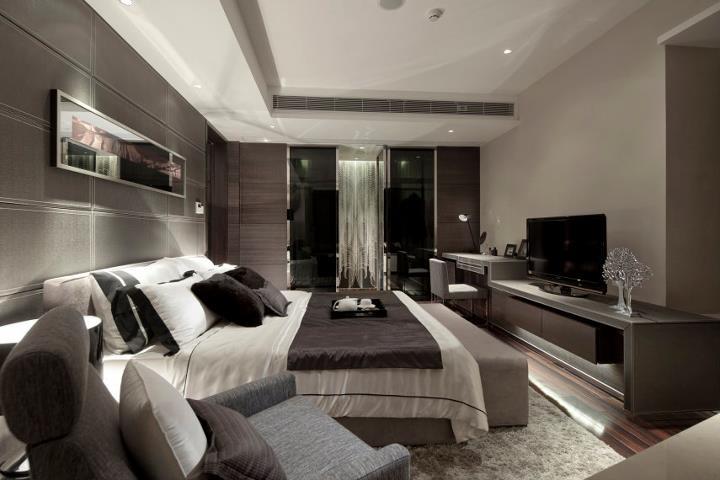 Contemporary yet versatile bedroom get a bed room for Long bedroom design