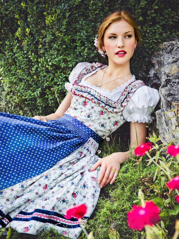 Lena Hoschek Dirndl Flora - Bilder - Jolie.de