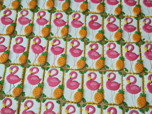 Tropical wedding favors #cookies #prajitureledenumauita