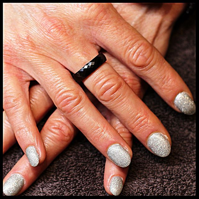 #ongles #Jarny #paillettes