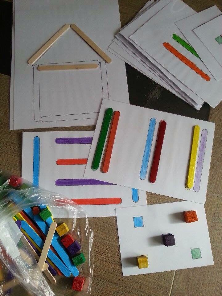 les 74 meilleures images du tableau mes jeux montessori sur pinterest jeux montessori mes. Black Bedroom Furniture Sets. Home Design Ideas