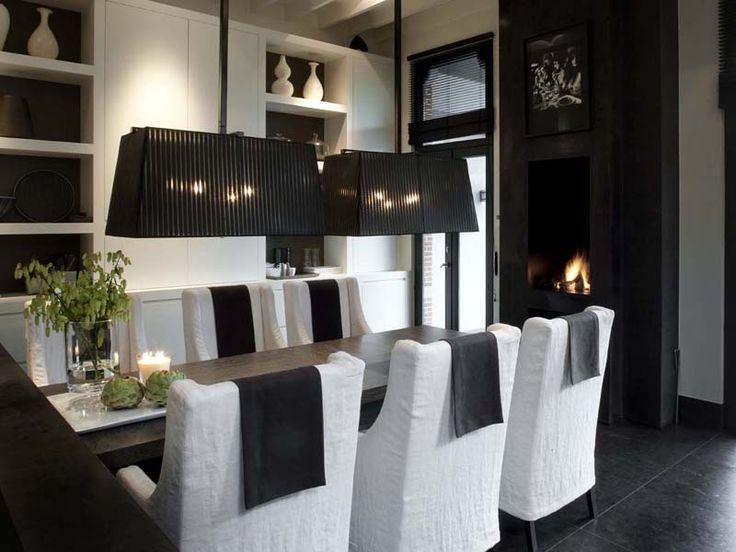 elegant black and white dining room - Wolterinck   Interieur   Wolterinck Laren