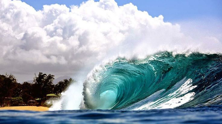 Surf's Up: Amazing Photos of the Waves of Hawaii - weather.com -- Pipeline on Oahu's North Shore in Hawaii, April 4, 2014. (Kenji Croman)