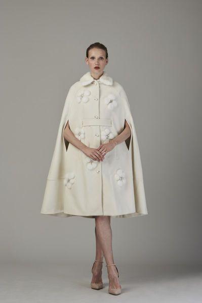 Vestidos de novia cortos: diseños que te enamorarán. ¡Elige el tuyo! Image: 26
