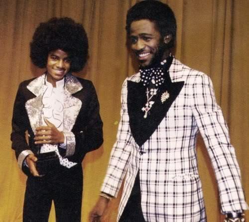 Michael Jackson and Al Green   twilight     http://www.amazon.com/gp/product/B009WDOPNO?ie=UTF8=A1JZHG9III7SDE=GANDALF%20THE%20GRAYZZ%20BOOKSTORE