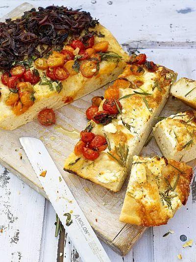 Foccacia Ekmeği: İster ekmek, ister aperatif olarak sunabileceğiniz bir tarif.
