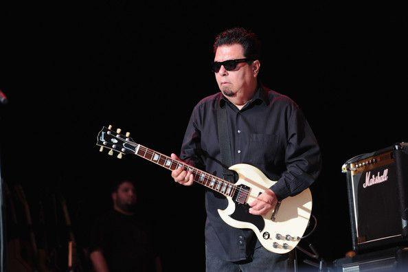 Cesar Rojas - Los Lobos