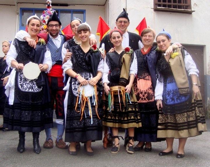 Trajes de asturiano/a