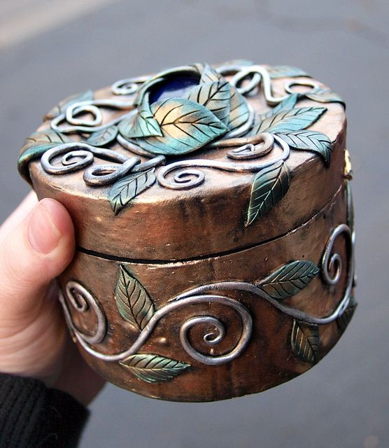 Gold Box with Blue Stone and Green and Silver Vines 1 by MaevinWren, via Flickr.  She does some beautiful boxes!