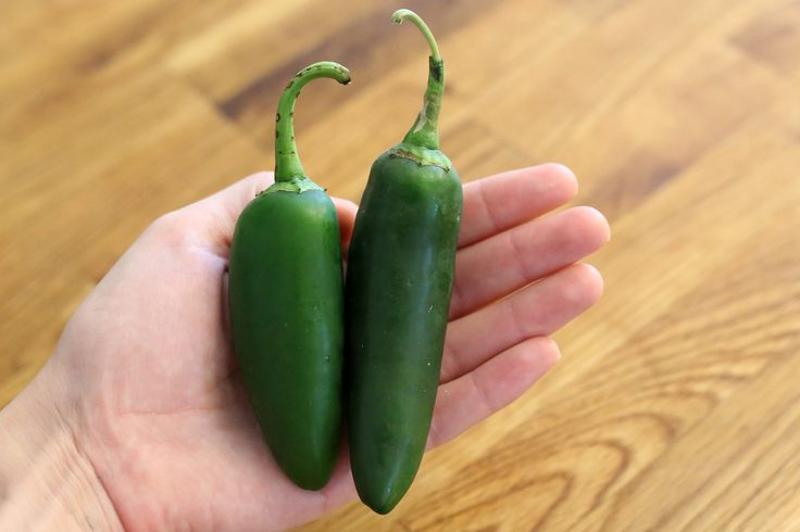 Jalapenos and other green peppers fall into an unusual category: vegetables that you do not need to blanch before you freeze them. You could simply pop whole jalapenos into the freezer and hope for the best, but your results will not be nearly as good as if you take a few minutes to prepare the …