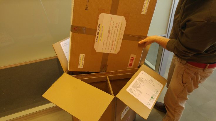 Packing in the Notify Mirror. We used and combined two boxes with this mirror because the Notify has very fine and delicate tips which we feel could be damaged. This box filled with solid foam will protect it.