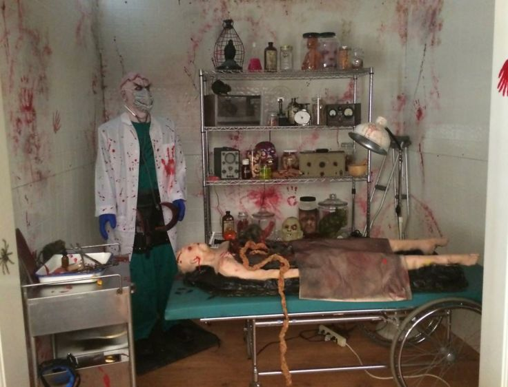 operating room - Halloween Room Ideas