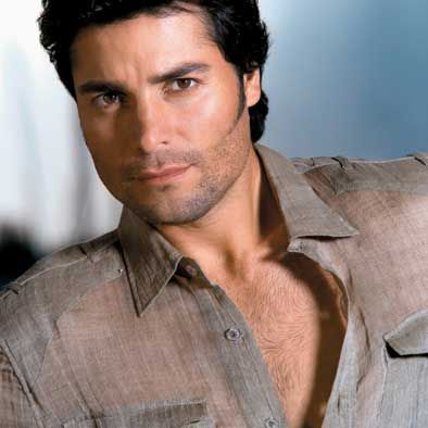 Chayanne...my fav Latin triple threat hunk...so easy on the eyes.