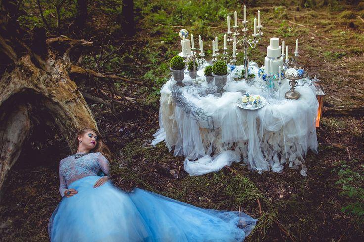 Fairy garden desserttable project | www.marangona.hu Wedding clothes by Agota Nagy