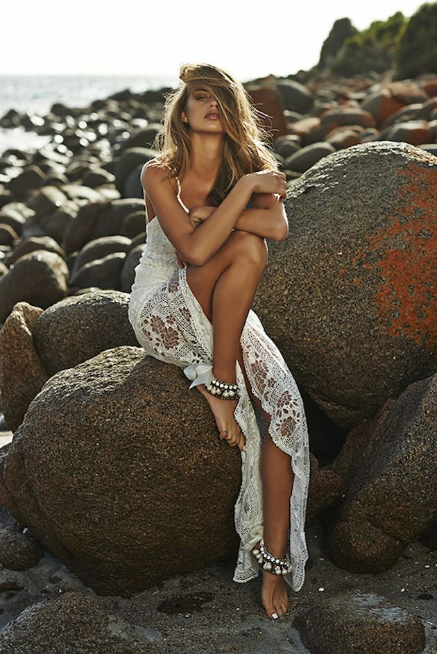 OMG! The epitome of a perfect beach wedding dress for my daughter Jade!