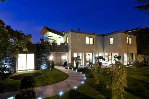 A stunning and unique contemporary house in the heart of The Grange - now sold