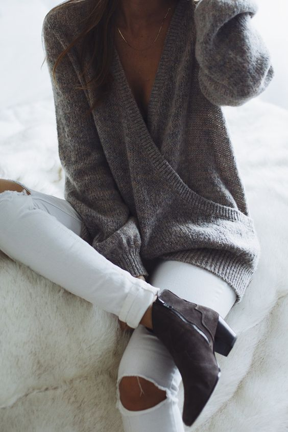 #fall #fashion / gray knit + booties