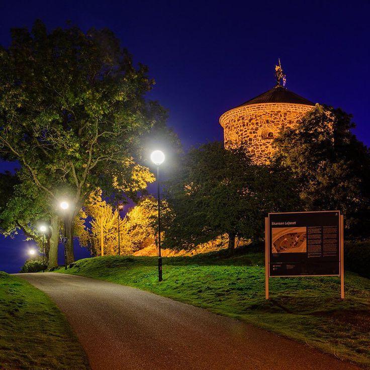 Skansen Lejonet Gothenburg Sweden. 5 October 2015. #swedenmoments #sweden #mikaelsvenssonphotography #thisisgbg #älskagöteborg #igersgothenburg #göteborg #gothenburg #goteborgcom #skansenlejonet #night #visitsweden #visitgoteborg #visitgothenburg