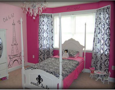hot pink black and white diva girl paris fashion theme bedroom with large eiffel tower. beautiful ideas. Home Design Ideas