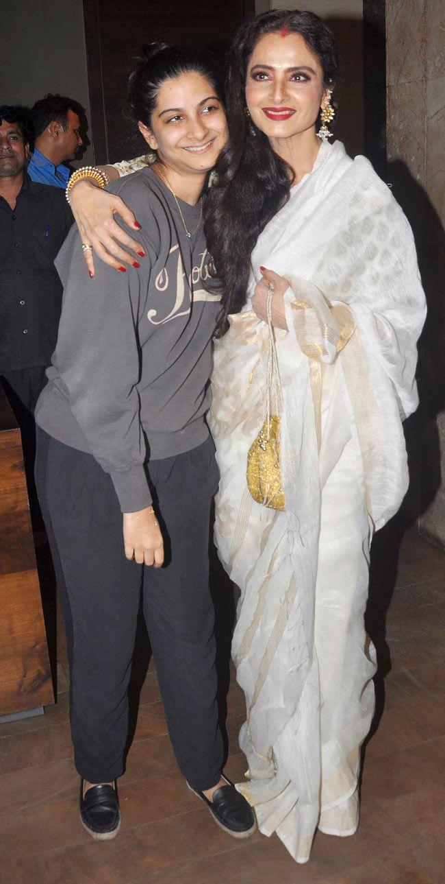Sonam Kapoor's sister Rhea with veteran actress Rekha at the screening of  'Khoobsurat'