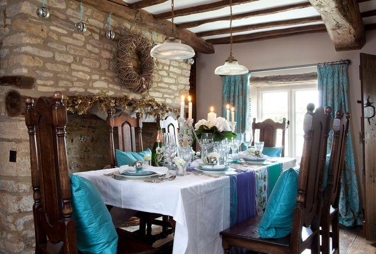 Jídelní stůl má být bytelný, aby byla také rodina pevná a vztahy v ní zdravé.