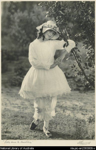 Cazneaux, Harold, 1878-1953. Little Anne in Australia [picture]