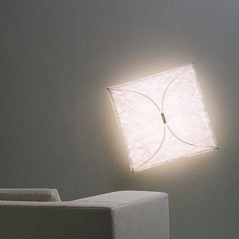 Il mix di luce e tessuto diffonde una luce morbida e avvolgente 😍 #Stillucestore #Flos #Ariette #GRANDEDESIGN