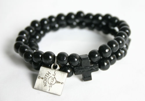 NorthSkull Double Maple Wood Cross Bracelet (Black)