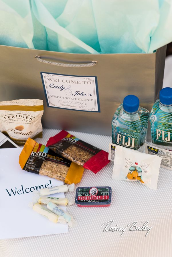 Virginia Wedding Gift Bag Ideas : ... Bags - Local Treats on Pinterest Welcome photos, Welcome bags and