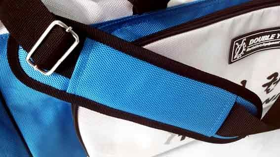 Grand sac de sport Taekwondo blanc-bleu by DOUBLE Y