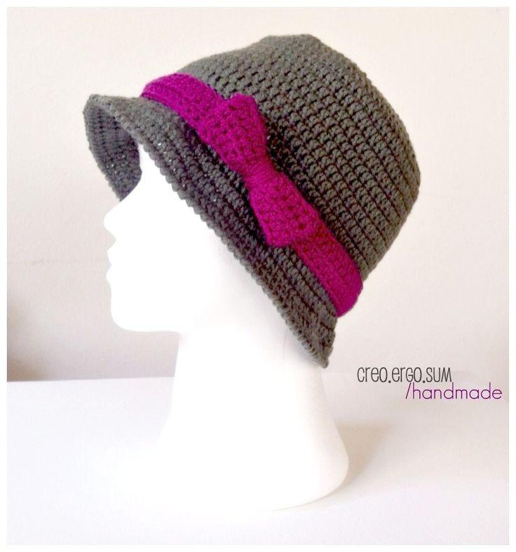 Crochet Cloche Hat/ Cappello in stile retrò all' uncinetto : Cappelli, berretti di creoergosum-handmade