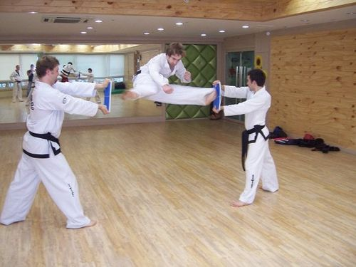 https://flic.kr/p/4WD9T3 | Kavi chagy | Pusan South korea #taekwondo #martialarts #santiagopinto #kick #blackbelt #태권도