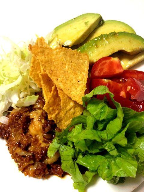 美味しかったのですが食べにくかったです。ナチョを砕いて盛り付け方を次回は工夫! - 16件のもぐもぐ - メキシカンサラダ by Mana Ishikawa