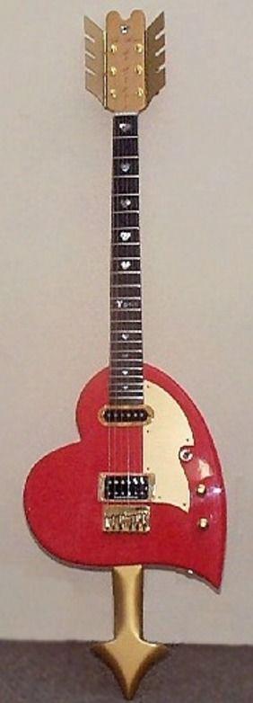The Heart Guitar made by Alan Exley --- https://www.pinterest.com/lardyfatboy/