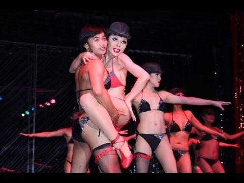 Calypso Cabaret - amazing transvestite show in Bangkok - youtube.com/maniapodrozowania