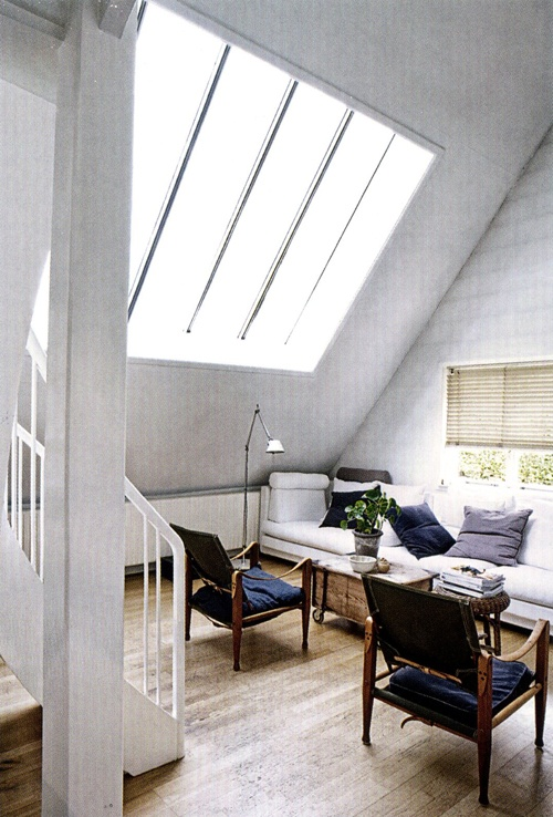 I really like the idea of putting windows on the side walls - great way to light up the place and catch more passive solar gain.Spectacular Windows, Passive Solar, Art Studios, Pretty Spectacular, Gorgeous Room, General Lights, Dreams House, Awesome Offices, Nice Arrangements
