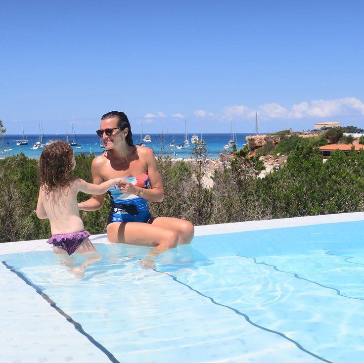 Après des jours de plage une petite piscine c'est pas mal aussi  Merci pour l'invitation @valerieanne16