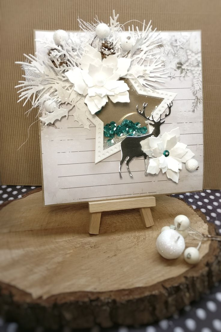 Gothriftycrafter.dk Christmas card, shaker card, star, deer, flowers. Sizzix die cuts, white and blue palette