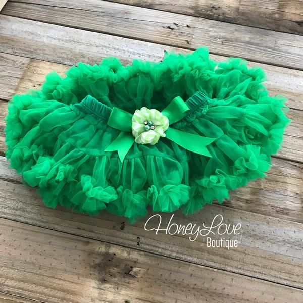 Kelly Green Pettiskirt, Christmas St. Patrick's Day embellished chevron flower petti skirt, tutu, newborn infant baby toddler little girl photoshoot, newborn photographer, white green chevron, greenbay packers, eagles, paddy's day, patty's day little gitl tutu by HoneyLove Boutique