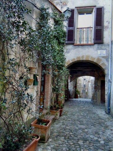 Italy, Sorano