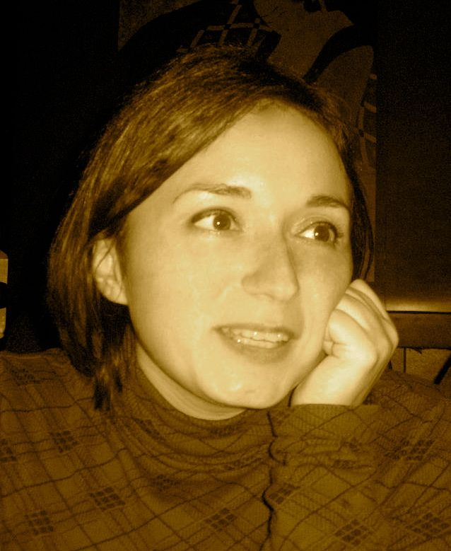 Annabella Galardo - Un saluto di cambiamento! http://ornitorinko.com/2013/09/22/annabella-animali-strani-si-nasce/