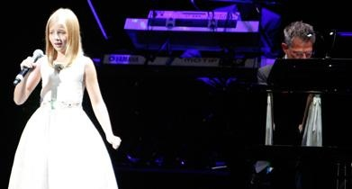 Jackie Evancho has a voice that has been kissed by God. She sings the sound current. Amazing. I saw her concert tonight. I am speechless.: Jackie Evancho, Concerts Tonight, Amazing People, Sound Current