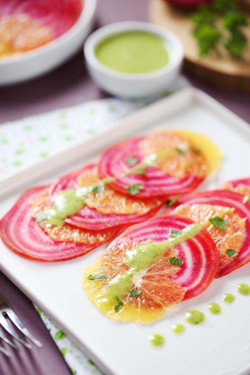Carpaccio de betterave et orange, sauce persil